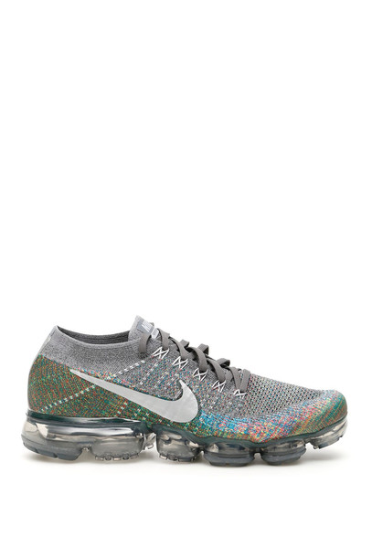 Nike Air Vapormax Flyknit Sneakers in grey