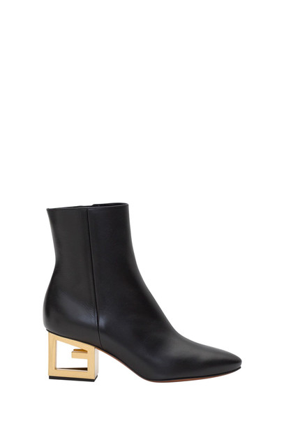 Givenchy G Heel Boots in nero