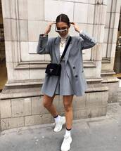 jacket,blazer,double breasted,stripes,High waisted shorts,white sneakers,socks,prada bag