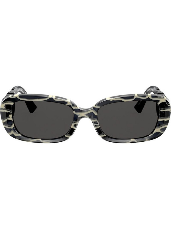 Valentino Eyewear oval frame sunglasses with VLOGO in black