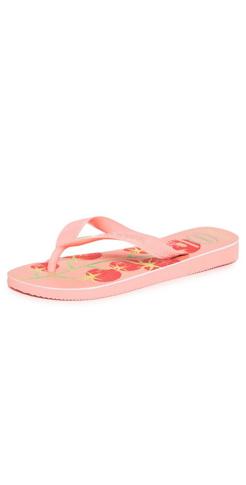 Havaianas x Farm Rio Tomatoes Sandals in pink