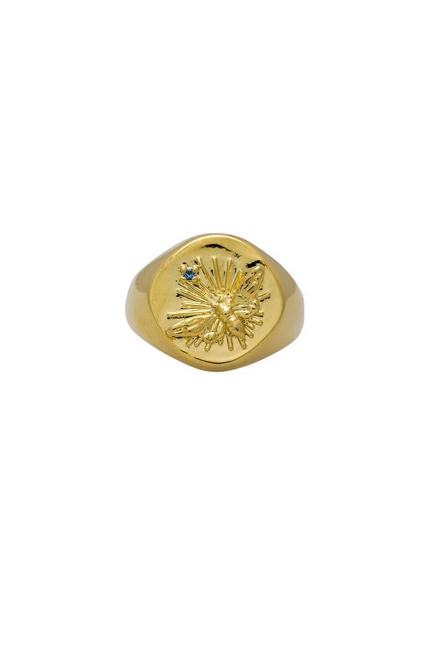 Wanderlust + Co Bee Signet Ring in gold / metallic