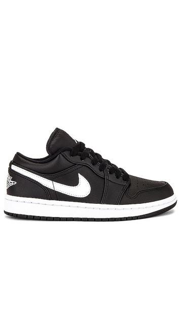 Jordan Air Jordan 1 Low Sneaker in Black