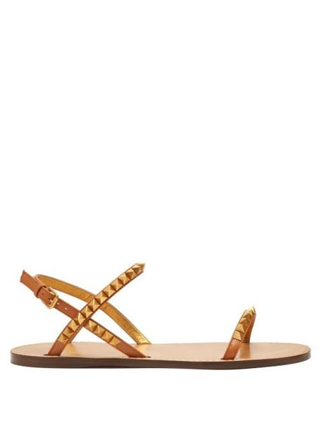 Valentino - Rockstud Flat Leather Sandals - Womens - Tan
