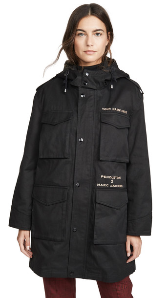 Marc Jacobs The Parka in black