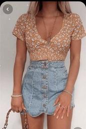 blouse,skirt,mini skirt,crop tops,cropped,crop,outfit,outfit idea,denim,denim skirt,button up skirt,button up,top,shirt,flowers