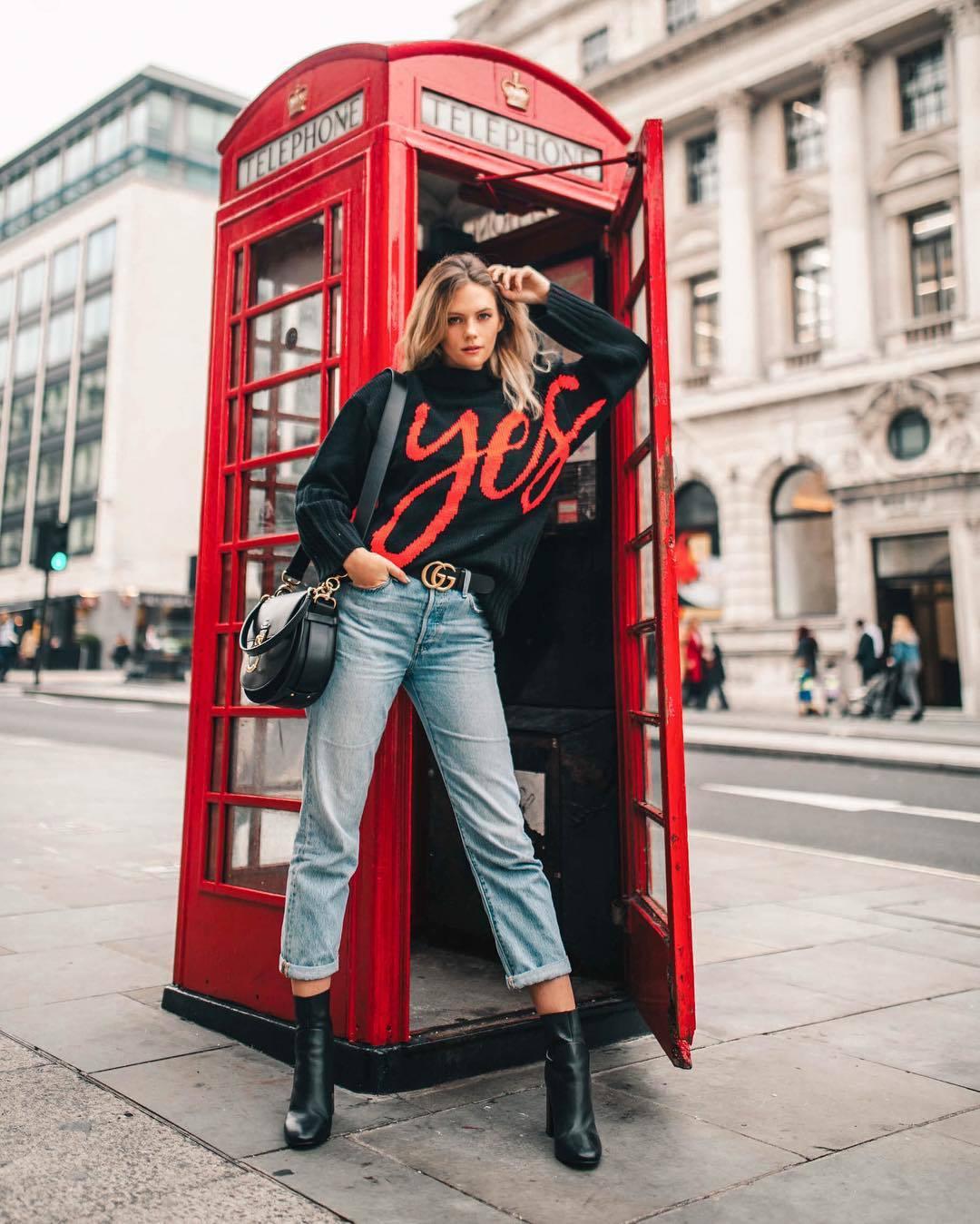sweater turtleneck sweater black sweater black boots ankle boots straight jeans black belt gucci belt black bag