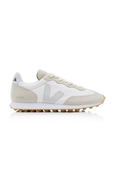 VEJA Suede-Trimmed Mesh Sneakers in neutral