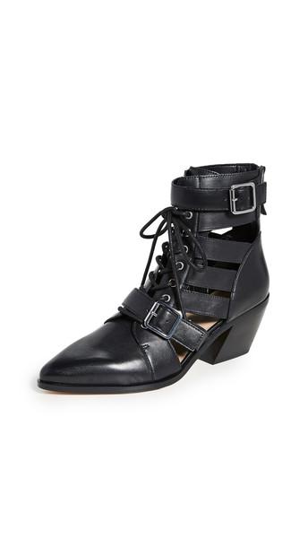 Villa Rouge Yara Boots in black