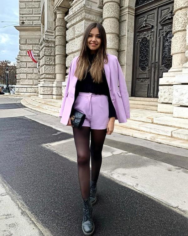 shorts black boots tights blazer turtleneck sweater black sweater black bag