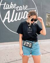 shorts,denim shorts,High waisted shorts,gucci bag,black t-shirt,summer outfits,black sunglasses