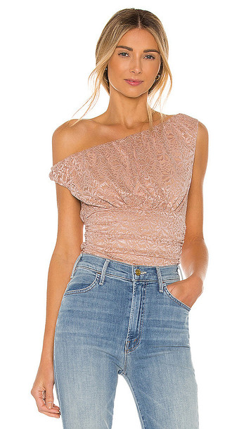 MAJORELLE Niley Top in Blush