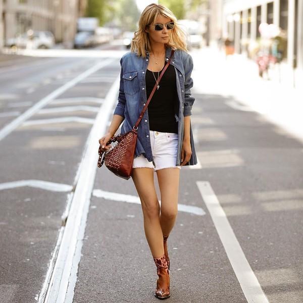 shorts denim shorts white shorts ankle boots denim shirt black top crossbody bag