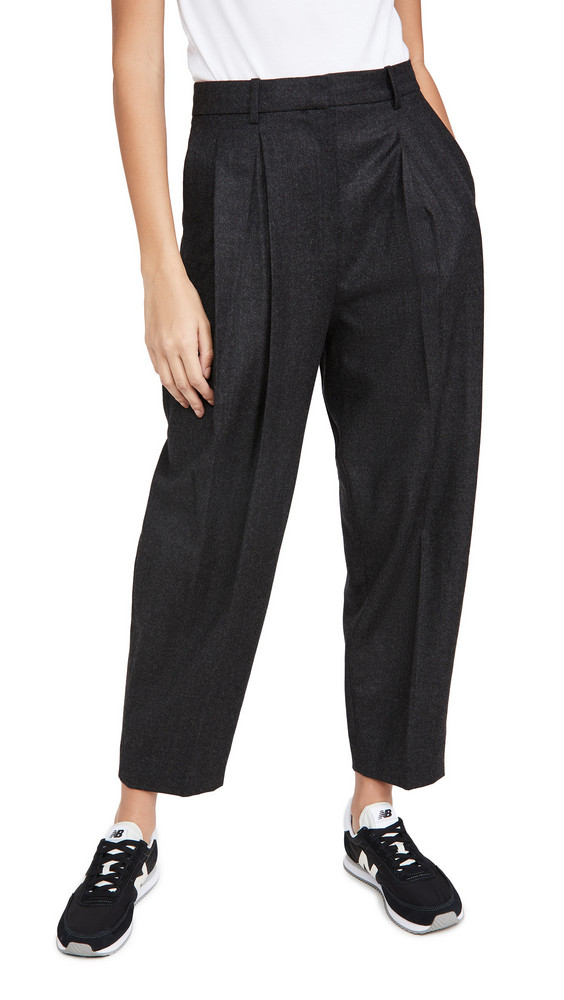 Theory Pleat Carrot Pants in charcoal