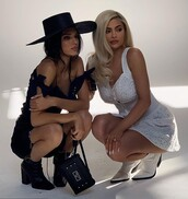 shoes,ankle boots,white,white dress,white boots,celebrity,kylie jenner,kardashians,kendall and kylie jenner,kendall jenner,kendall + kylie label