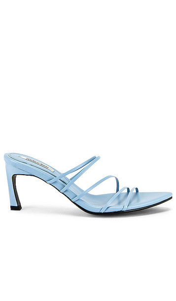 Reike Nen 5 Strings Pointed Sandals in Baby Blue