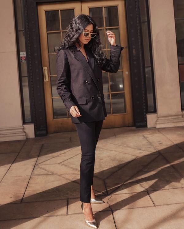 pants black pants skinny pants pumps black blazer double breasted