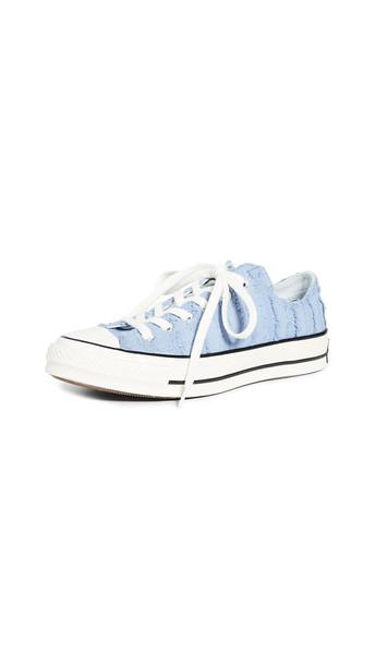 Converse Chuck 70 Ox Fray Sneakers in indigo