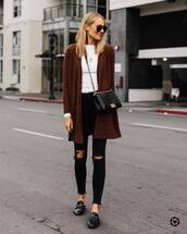 sweater,cardigan,loafers,black skinny jeans,black ripped jeans,white top,long sleeves,black bag,crossbody bag