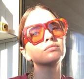sunglasses,shelley hennig,orange,red