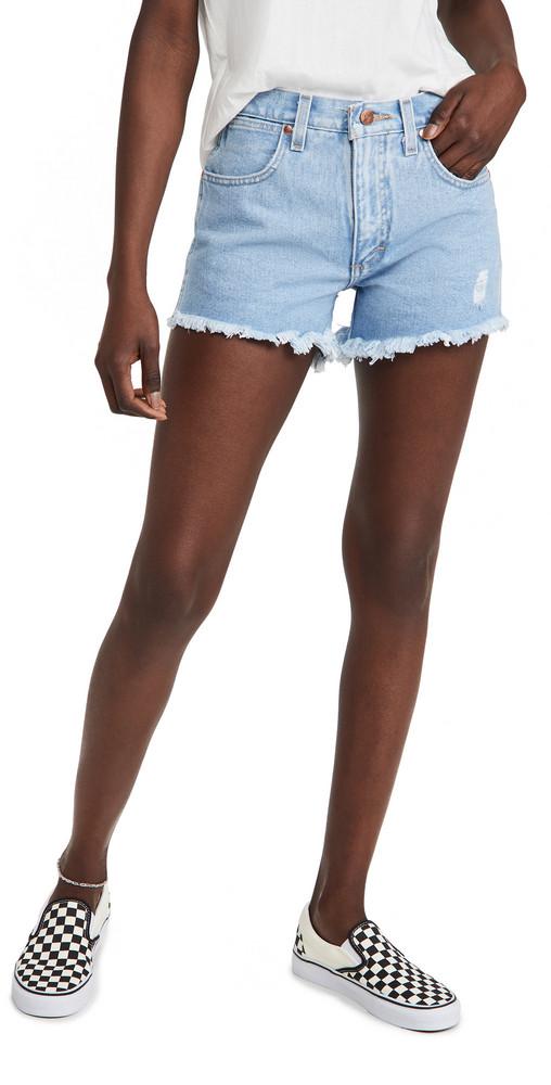 Wrangler Fray Shorts in stone