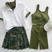 hat,shorts,skirt,underwear,top