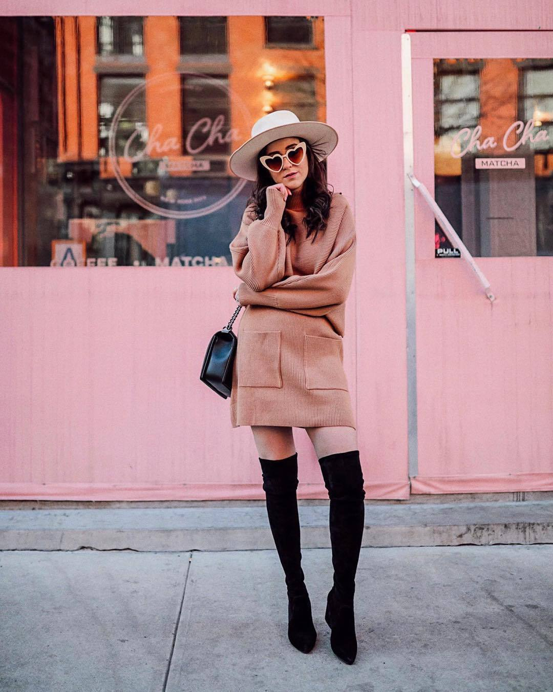 shoes over the knee boots black boots knitted skirt mini skirt sweater set black bag hat