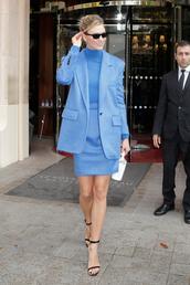 skirt,blue,All blue outfit,monochrome outfit,monochrome,celebrity,model off-duty,karlie kloss,fashion week,blazer,top