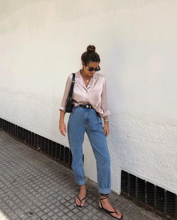 jeans mom jeans high waisted jeans shirt flat sandals satin black bag