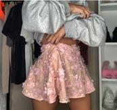 skirt,flowered skirt,pink,flowers,pink flowers,mini skirt,cute skirt,flower embellished