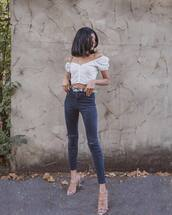 top,white top,crop tops,sandal heels,skinny jeans,high waisted jeans