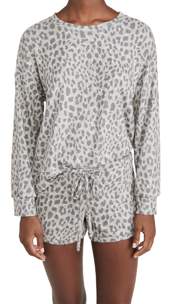 SUNDRY Leopard Cozy Sweatshirt in grey