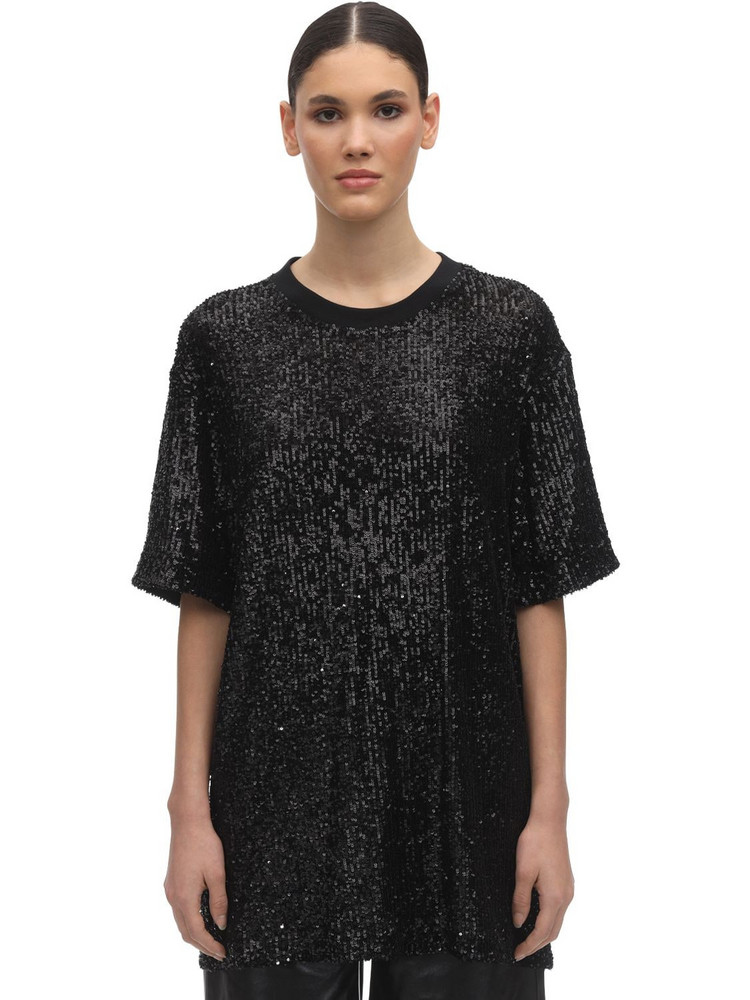 IN THE MOOD FOR LOVE Over Sequins Round Neck T-shirt in black