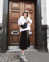 sweater,white sweater,snake skin,ankle boots,heel boots,black skirt,black bag,sunglasses