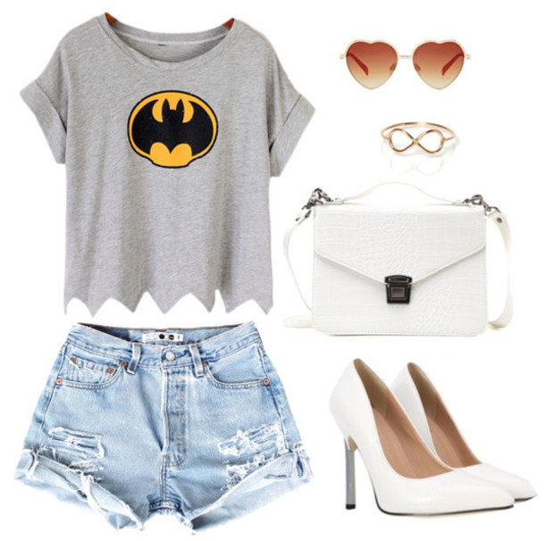 shorts outfit ootd heels fashion student back to school t-shirt shoes