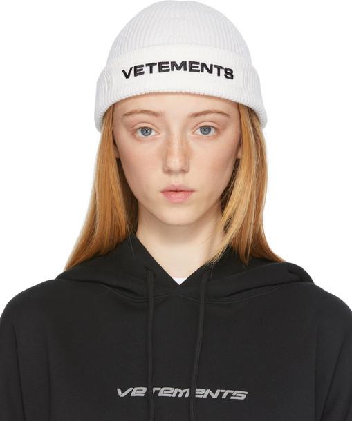 VETEMENTS White Wool Logo Beanie