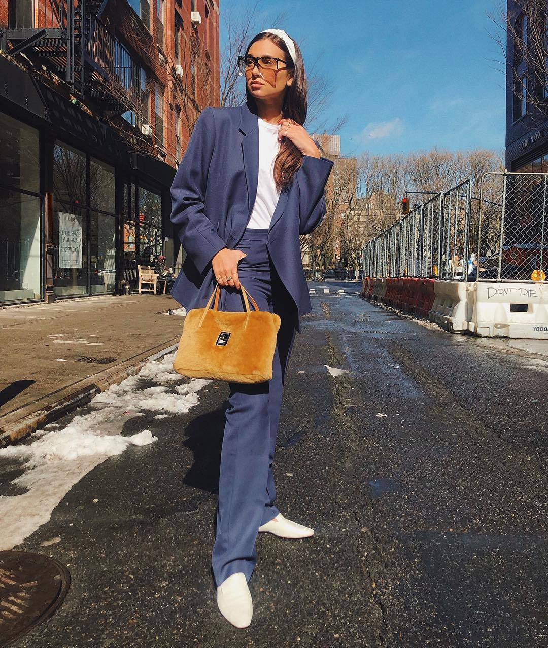 jacket blue blazer blazer oversized pleated blue pants white shoes loafers white t-shirt furry bag