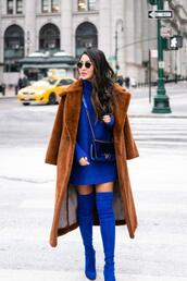 wendy's,lookbook,blogger,coat,dress,sweater,shoes,bag,sunglasses