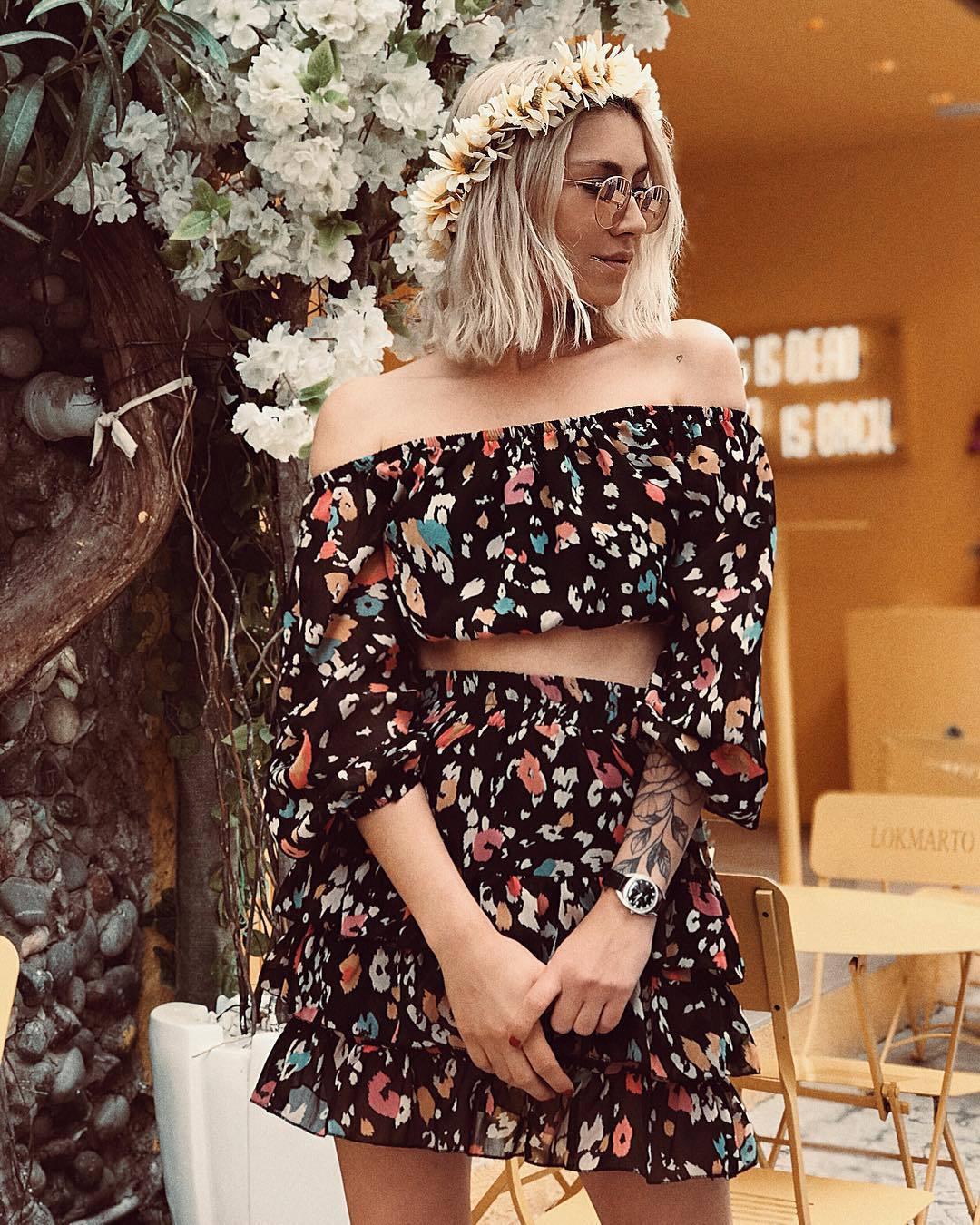 top crop tops floral set mini skirt black skirt high waisted skirt
