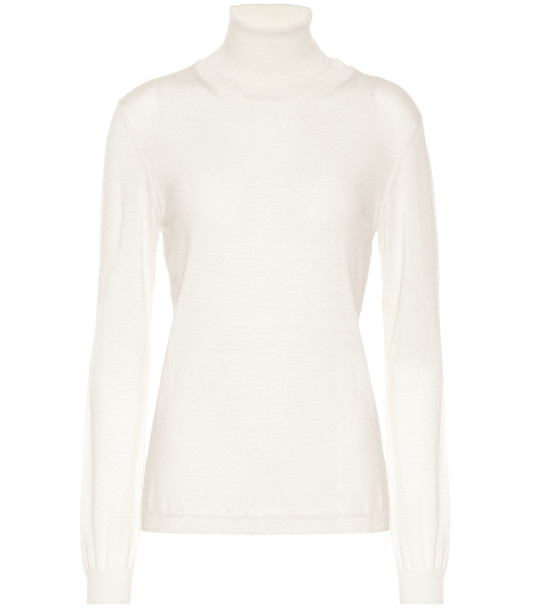 Giuliva Heritage Collection The Arianna turtleneck wool sweater in white