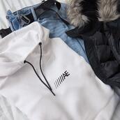 belt,sweater,jacket