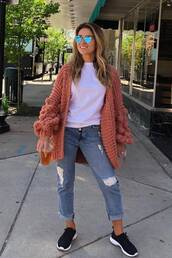 sweater,cardigan,celebrity,spring outfits,spring,top,jeans,jessie james