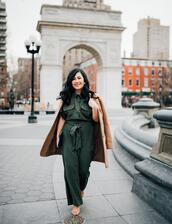 mimi & chichi blog,blogger,jumpsuit,coat,jewels,green jumpsuit,spring outfits