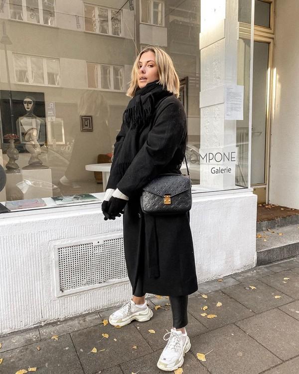 coat black coat sweater black bag black leggings scarf gloves
