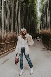 2016 | collage vintage,blogger,coat,jeans,bag,sweater,skirt,faux fur jacket,winter outfits,beret
