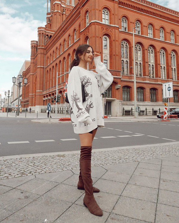 shoes over the knee boots suede oversized sweater bag