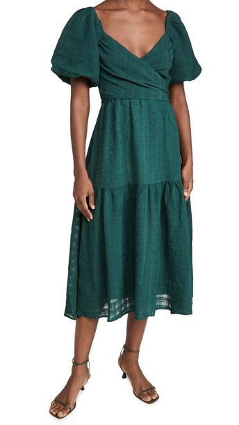 ASTR the Label Sonnet Dress in green