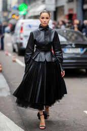 shoes,all black everything,sandals,sandal heels,olivia culpo,fashion week,streetstyle,pleated,midi skirt