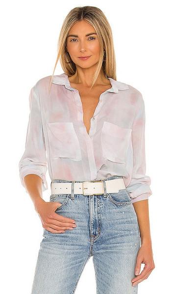 Bella Dahl Full Button Down Hipster Shirt in Pink in peach / print