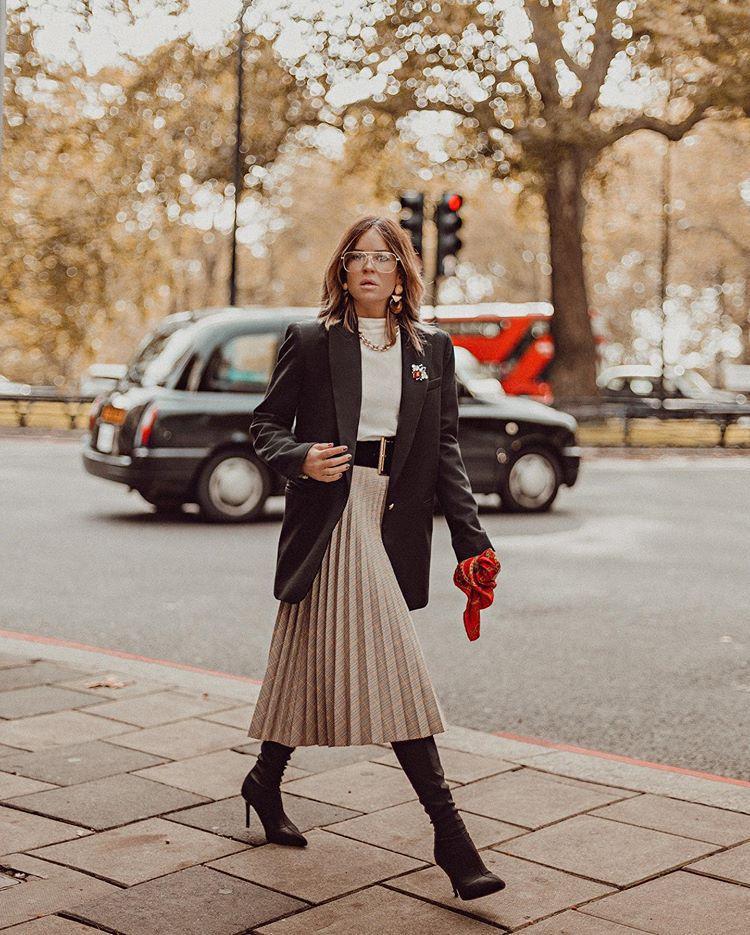 skirt midi skirt pleated skirt zara sock boots knee high boots black blazer